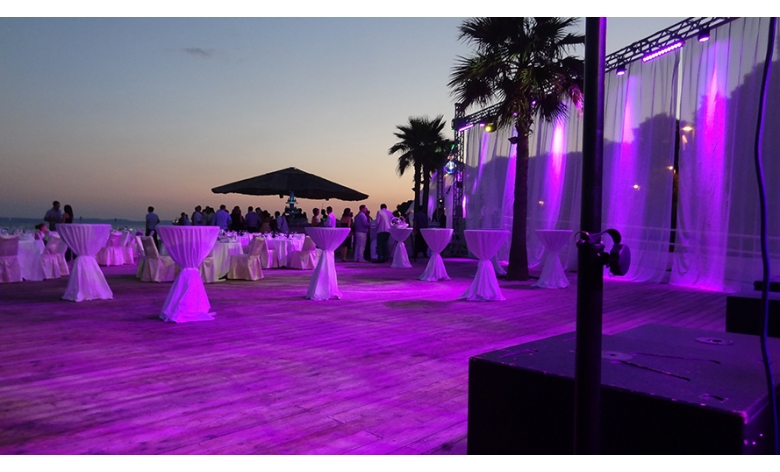 Niveauvolle und musikalisch hochwertige Untermalung für Ihre Traumhochzeit!