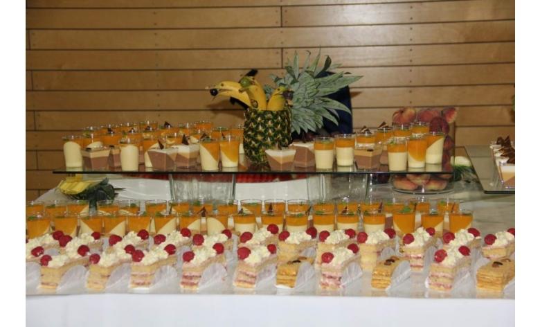 Ll catering dekoration russische partyservice for Dekoration russische hochzeit
